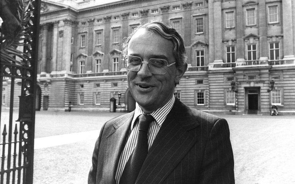 Michael Shea, then the Queen's press secretary, in 1987 - PA