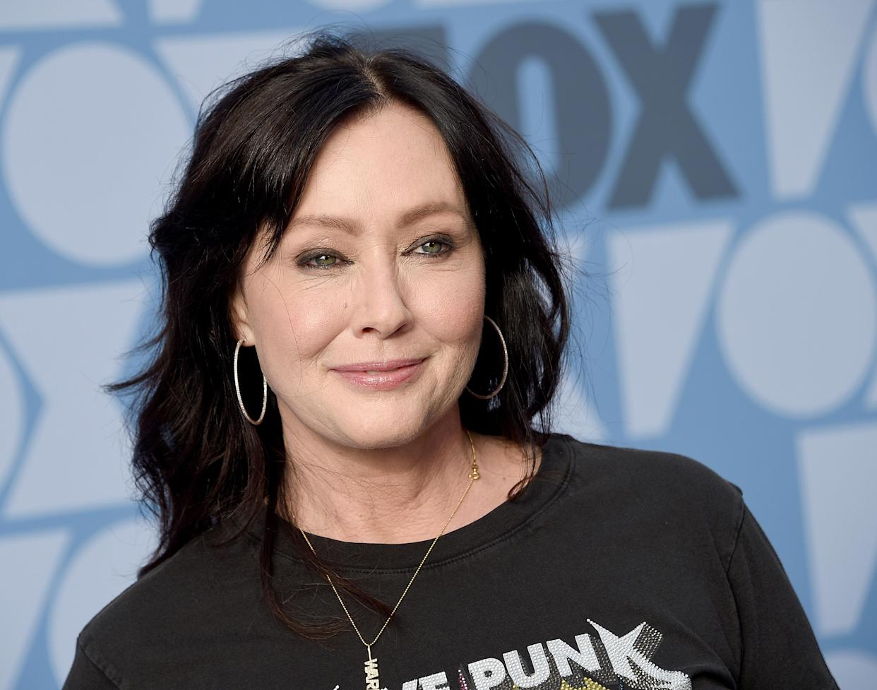 Shannen Doherty posts personal photos amid stage IV breast cancer. (FilmMagic)