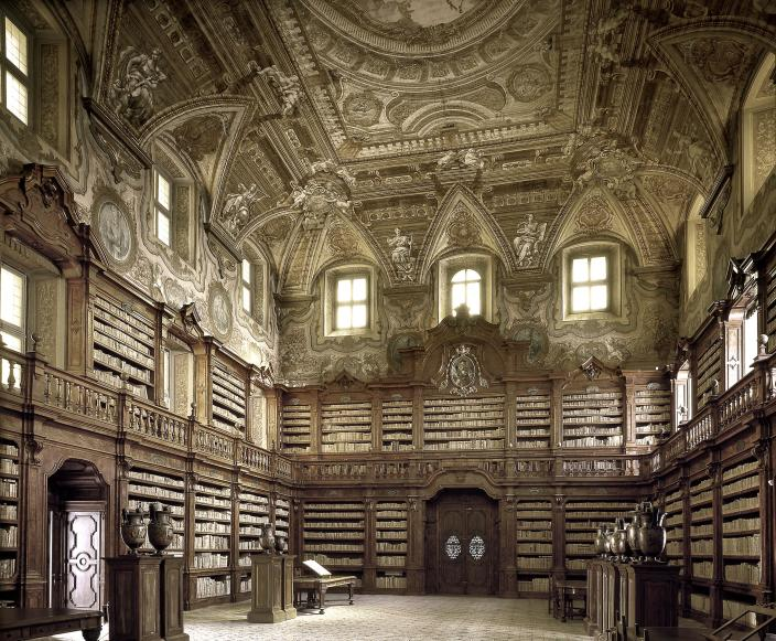 <p>Biblioteca Statale Oratoriana dei Girolamini, Italy — the oldest library in Naples, it has been open to the public since 1566. (Photo: Massimo Listri/Caters News) </p>