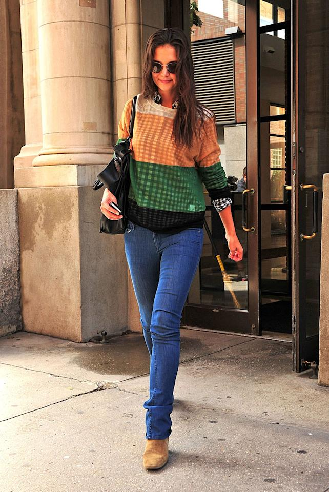"""Katie Holmes looks ready for autumn in her casual jeans and sweater. James Devaney/<a href=""""http://www.wireimage.com"""" target=""""new"""">WireImage.com</a> - September 8, 2011"""