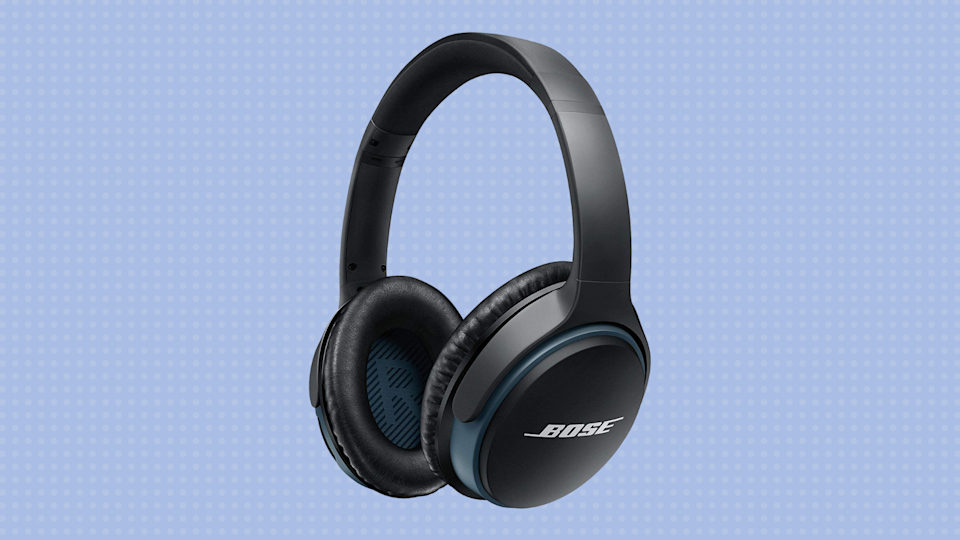 Save 31 percent on these Bose SoundLink Around Ear Wireless Headphones II. (Photo: Bose)