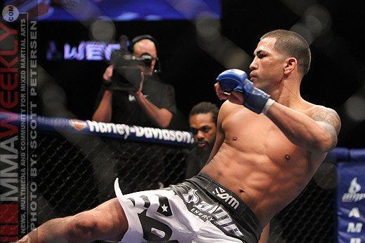 UFC Report: Lightweight Champion Anthony Pettis Injured, but Still Expected to Fight