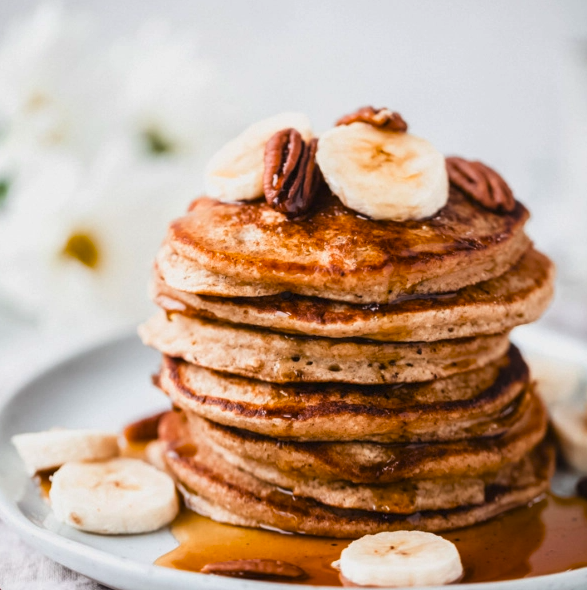 """<p>Prefer to whip your pancakes up in a blender? Enter Ambitious Kitchen's blender pancakes – fluffy, gluten and dairy-free, and certifiably delicious. </p><p>Try the recipe yourself: <a class=""""link rapid-noclick-resp"""" href=""""https://www.ambitiouskitchen.com/banana-oatmeal-pancakes/"""" rel=""""nofollow noopener"""" target=""""_blank"""" data-ylk=""""slk:ambitiouskitchen.com"""">ambitiouskitchen.com</a></p>"""