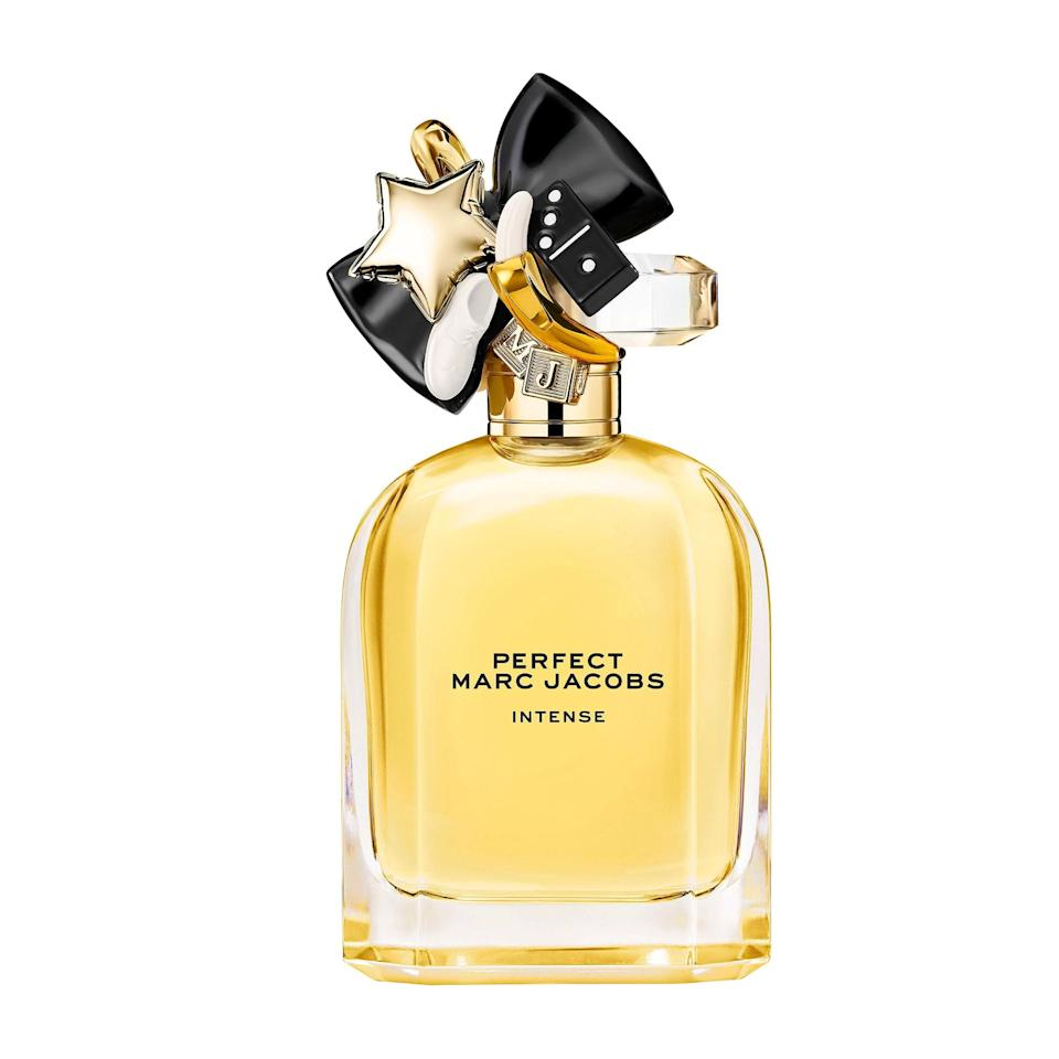 An ode to self-celebration like the original Perfect fragrance, Marc Jacobs Perfect Intense amplifies its already-rich floral notes of jasmine and daffodil with the deliciously warm elements of golden roasted almonds and sandalwood. It's ideal for the floral lover who can't resist wearing petal-centric perfume year-round but wants their fall fragrance to feel distinctly autumnal.