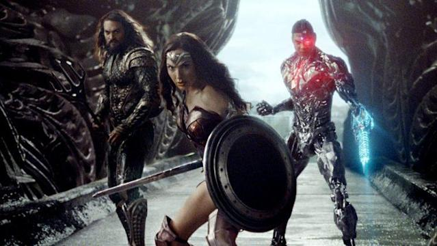 Wonder Woman takes point in 'Justice League' (Photo: Warner Bros.)