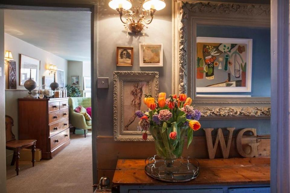 """<p>In a quiet corner of Cornwall, this boutique B&B in Kingsand offers the perfect escape and is just 20 metres from the scenic beach. It has its own private art gallery where guests are given exclusive access and are encouraged to choose their favourite Cornish artwork to hang in their room and inspire their own seascape masterpiece during their stay. </p><a class=""""link rapid-noclick-resp"""" href=""""https://go.redirectingat.com?id=127X1599956&url=https%3A%2F%2Fwww.booking.com%2Fhotel%2Fgb%2Fwestcroft-guesthouse-boutique-b-amp-b.en-gb.html%3Faid%3D2070936%26label%3Dprima-craft-holidays-uk&sref=https%3A%2F%2Fwww.prima.co.uk%2Ftravel%2Fg36812002%2Fcraft-holidays-uk%2F"""" rel=""""nofollow noopener"""" target=""""_blank"""" data-ylk=""""slk:CHECK AVAILABILITY"""">CHECK AVAILABILITY</a>"""