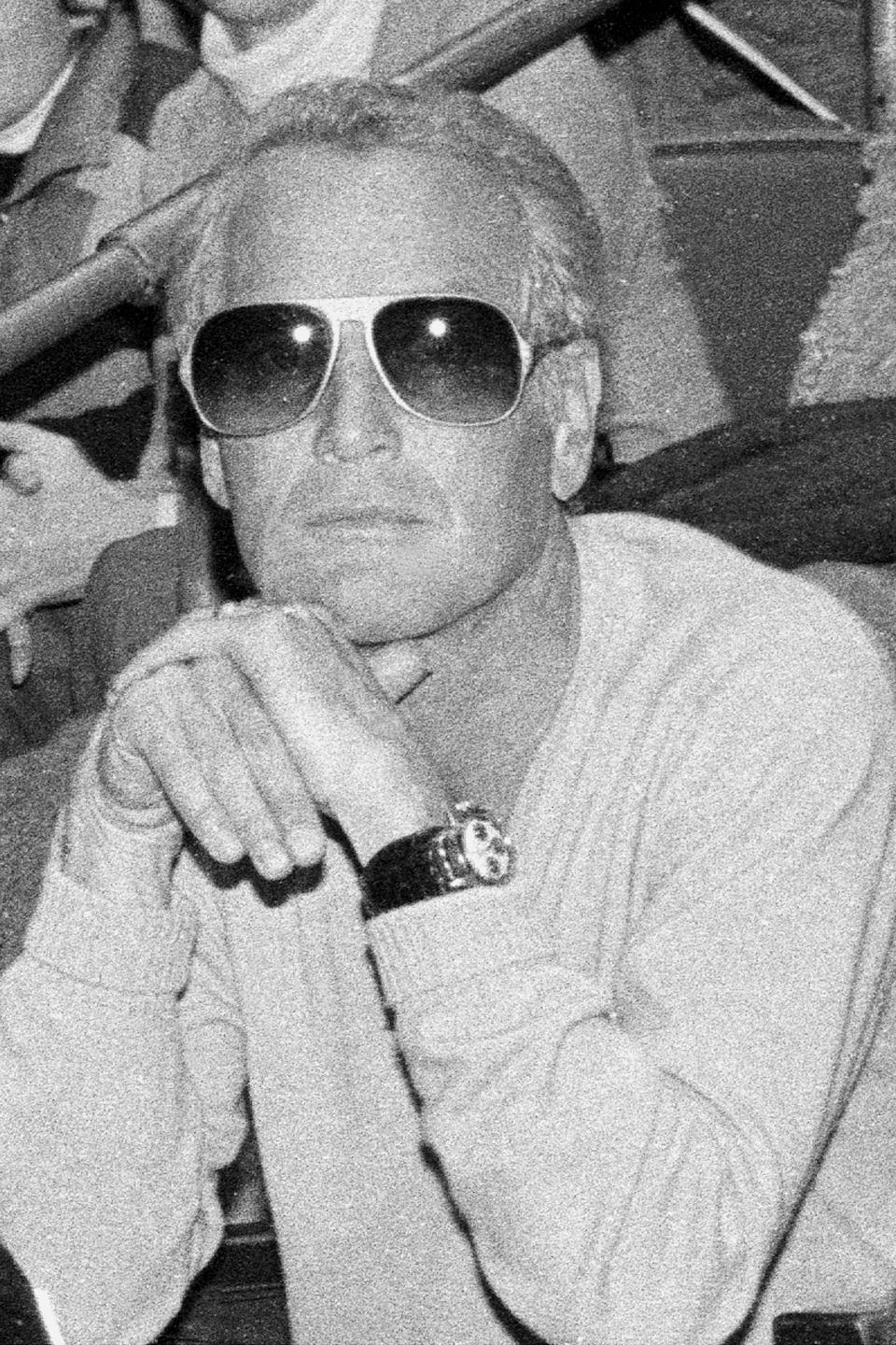 """<h1 class=""""title"""">Paul Newman, tried to remain inconspicuous in the audience a</h1><cite class=""""credit"""">New York Daily News Archive</cite>"""