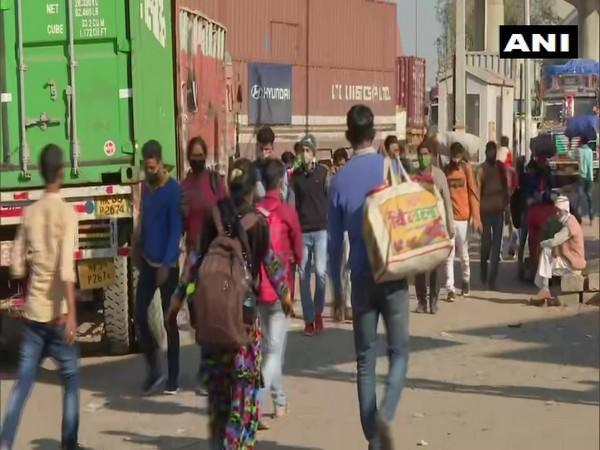 Many colleges in NCR cancel exams due to farmers Delhi Chalo protest march (Photo ANI)