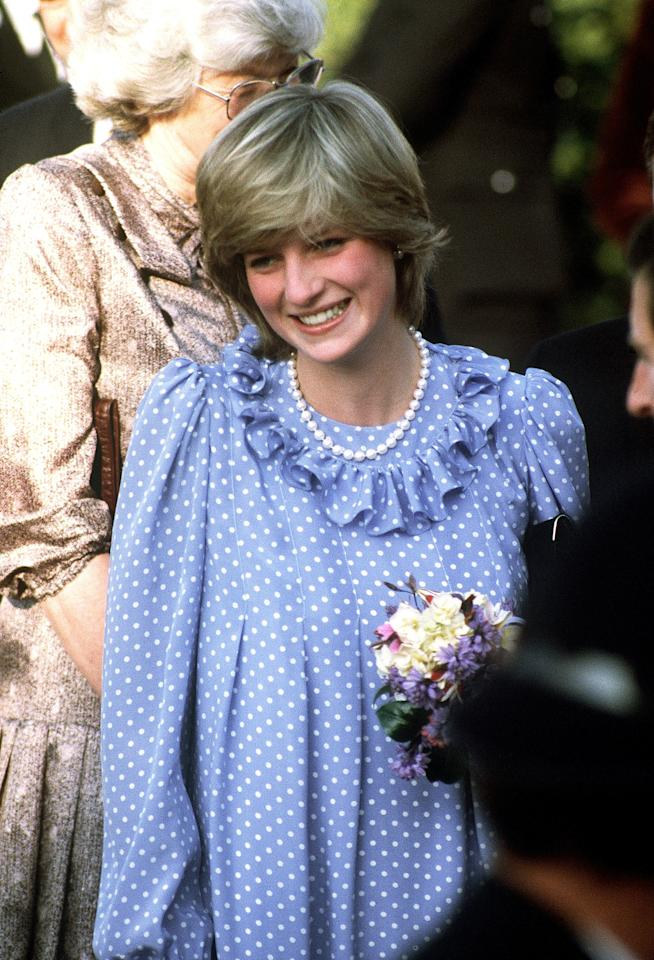 <p>For a visit to the Isles of Sicily in April 1982, Princess Diana kept her hair and makeup natural.</p>