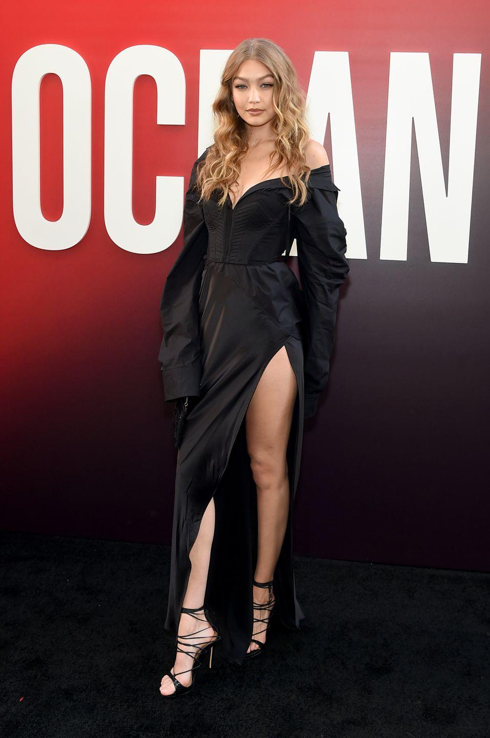 <p>The model wore Vera Wang Ocean's 8 premiere in New York.</p>