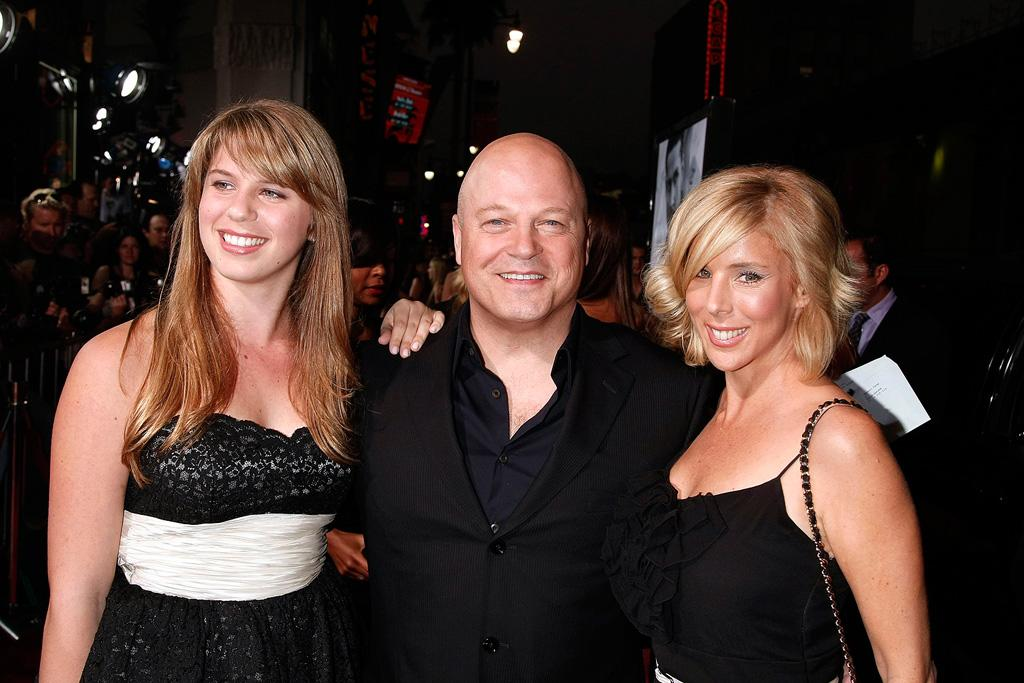"""<a href=""""http://movies.yahoo.com/movie/contributor/1800025039"""">Michael Chiklis</a> and family at the Los Angeles premiere of <a href=""""http://movies.yahoo.com/movie/1809955918/info"""">Eagle Eye</a> - 09/16/2008"""