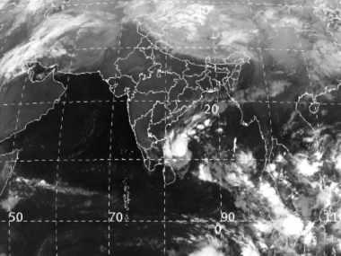 Cyclone Gaja to make landfall today: Indian Navy put on high alert; fishing suspended along Tamil Nadu, Andhra coasts