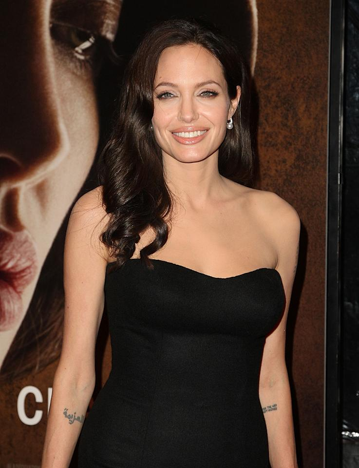 """<a href=""""http://movies.yahoo.com/movie/contributor/1800019275"""">Angelina Jolie</a> at the 46th Annual New York Film Festival premiere of <a href=""""http://movies.yahoo.com/movie/1809945088/info"""">Changeling</a> - 10/04/2008"""