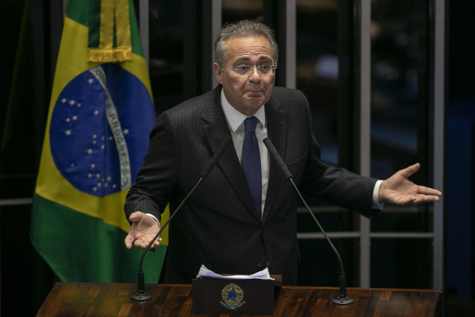 Brazilian senator Renan Calheiros delivers a speech during a session to elect the Senate's new president, at the National Congress in Brasilia on February 2, 2019. (Photo by Sergio LIMA / AFP)        (Photo credit should read SERGIO LIMA/AFP via Getty Images)