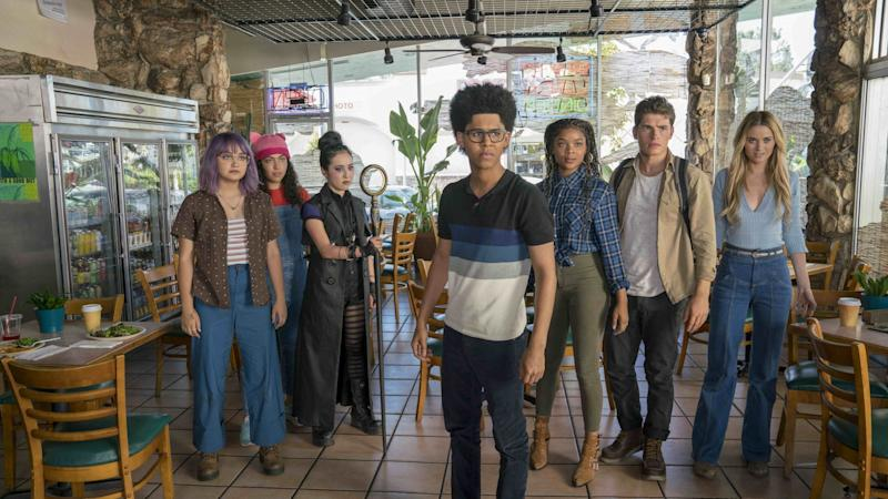 Marvel's Runaways announces season 3 will be its last in new trailer