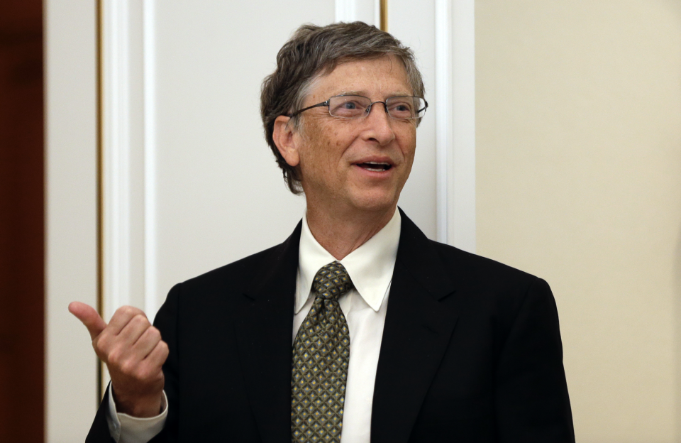 Microsoft founder Bill Gates speaks at the presidential Blue House in Seoul on April 22, 2013. (Photo: LEE JIN-MAN/AFP via Getty Images)