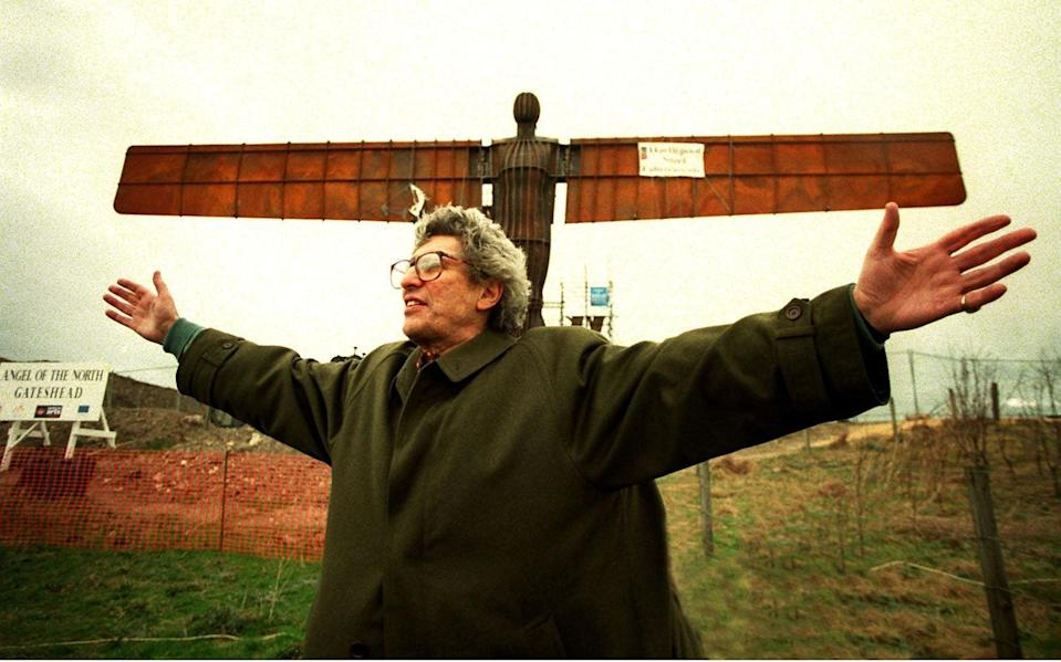 Lord Gowrie, then chairman of the Arts Council, at the inauguration of the Angel of the North in Gateshead in 1998 - Shutterstock