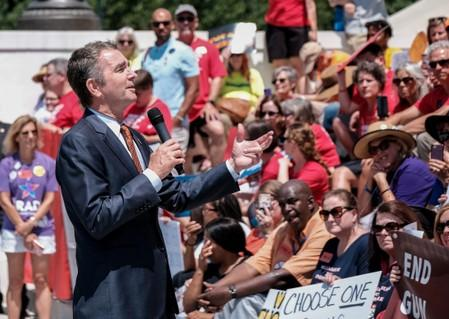 Virginia Governor puts state on path to 100% carbon-free power by 2050