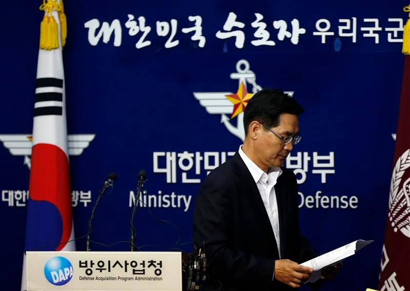 South Korea's Defense Ministry spokesman Kim Min-seok leaves after a briefing at the Defense Ministry in Seoul