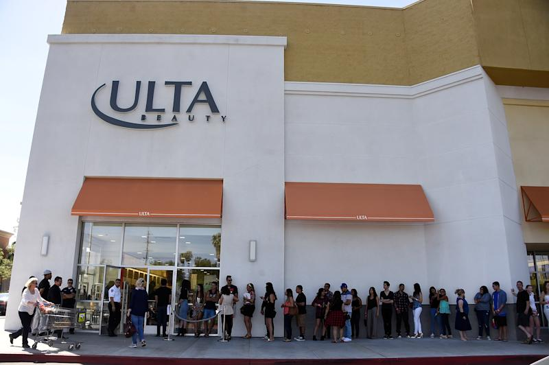 Customers line up as Khloe Kardashian appears at an ULTA Beauty store to promote the Kardashian Beauty Hair Care line.   Frazer Harrison—Getty Images