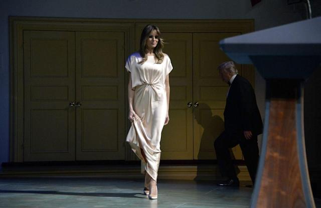 <p>FLOTUS appeared with the President at the Ford's Theatre annual gala in honor of President Abraham Lincoln. She wore a cream silk gown by Monique Lhuillier.</p>