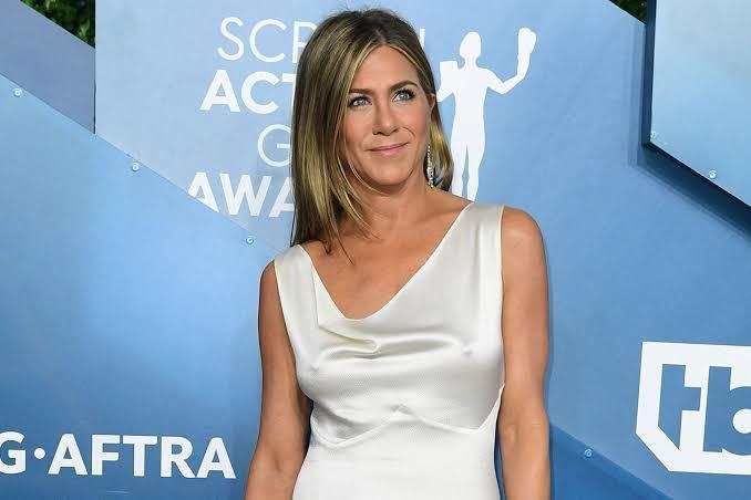 Jennifer Aniston says, she's ready to be in a relationship