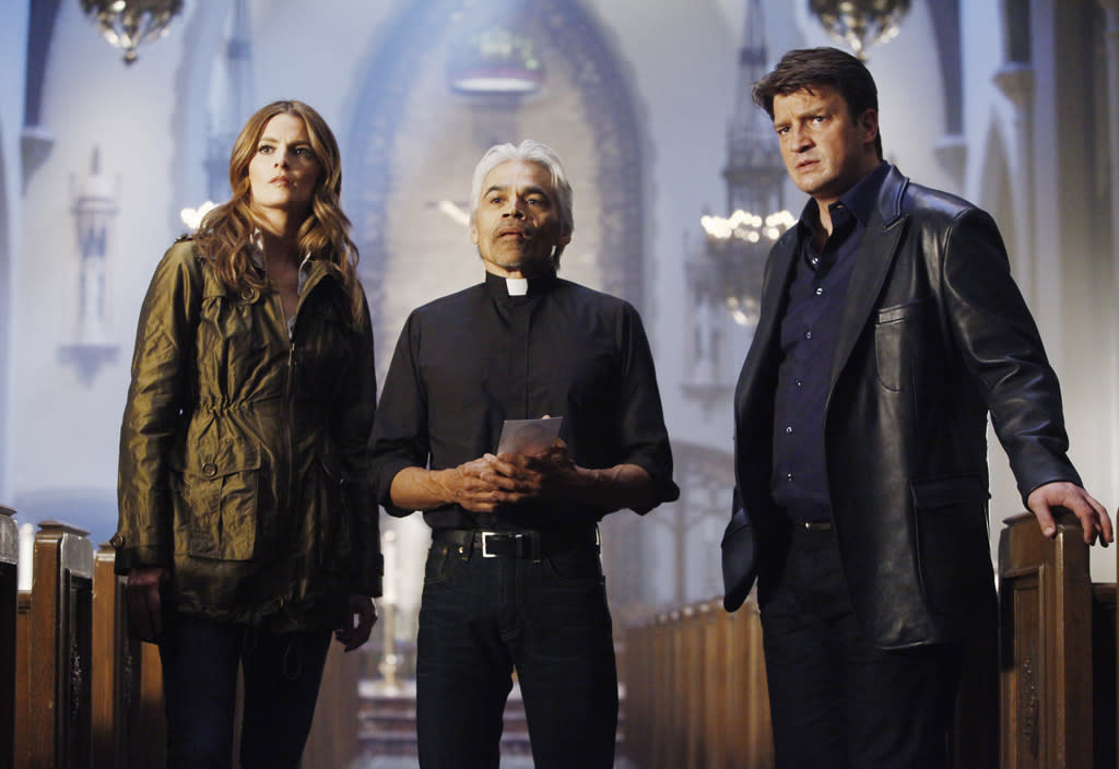 """<b>""""Castle""""</b><br><br>Monday, 5/7 at 10 PM on ABC<br><br><a href=""""http://yhoo.it/IHaVpe"""">More on Upcoming Finales </a>"""
