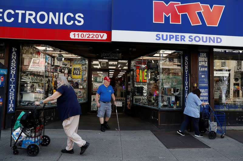 FILE PHOTO: Retail shops in Brooklyn as phase one reopening continues duing outbreak of the coronavirus disease (COVID-19) in New York