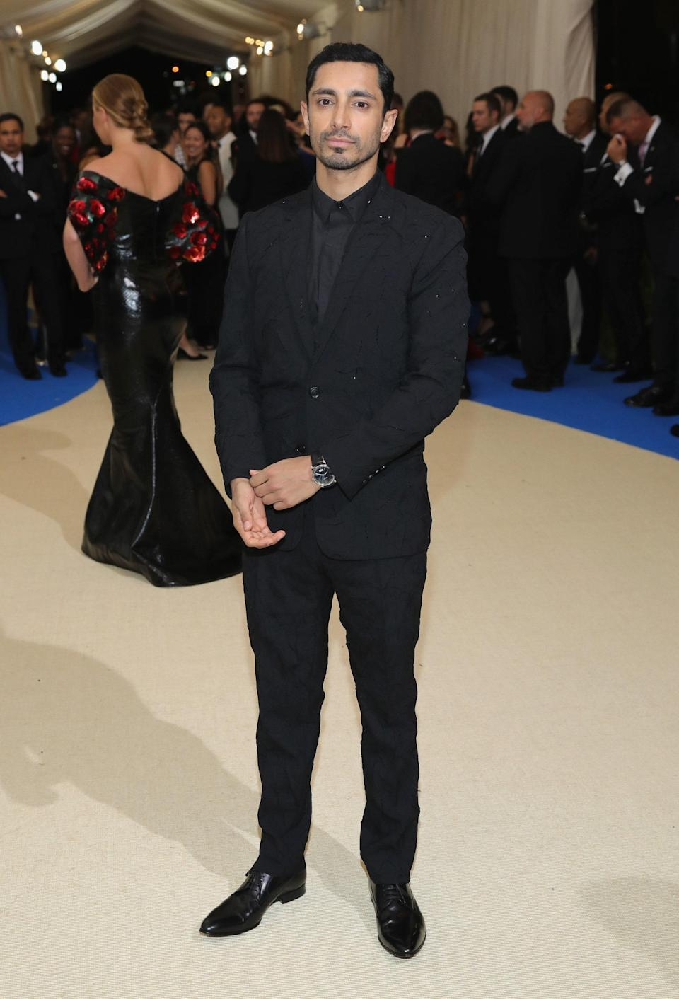 """<h1 class=""""title"""">Riz Ahmed in Dior Homme</h1> <cite class=""""credit"""">Photo: Getty Images</cite>"""