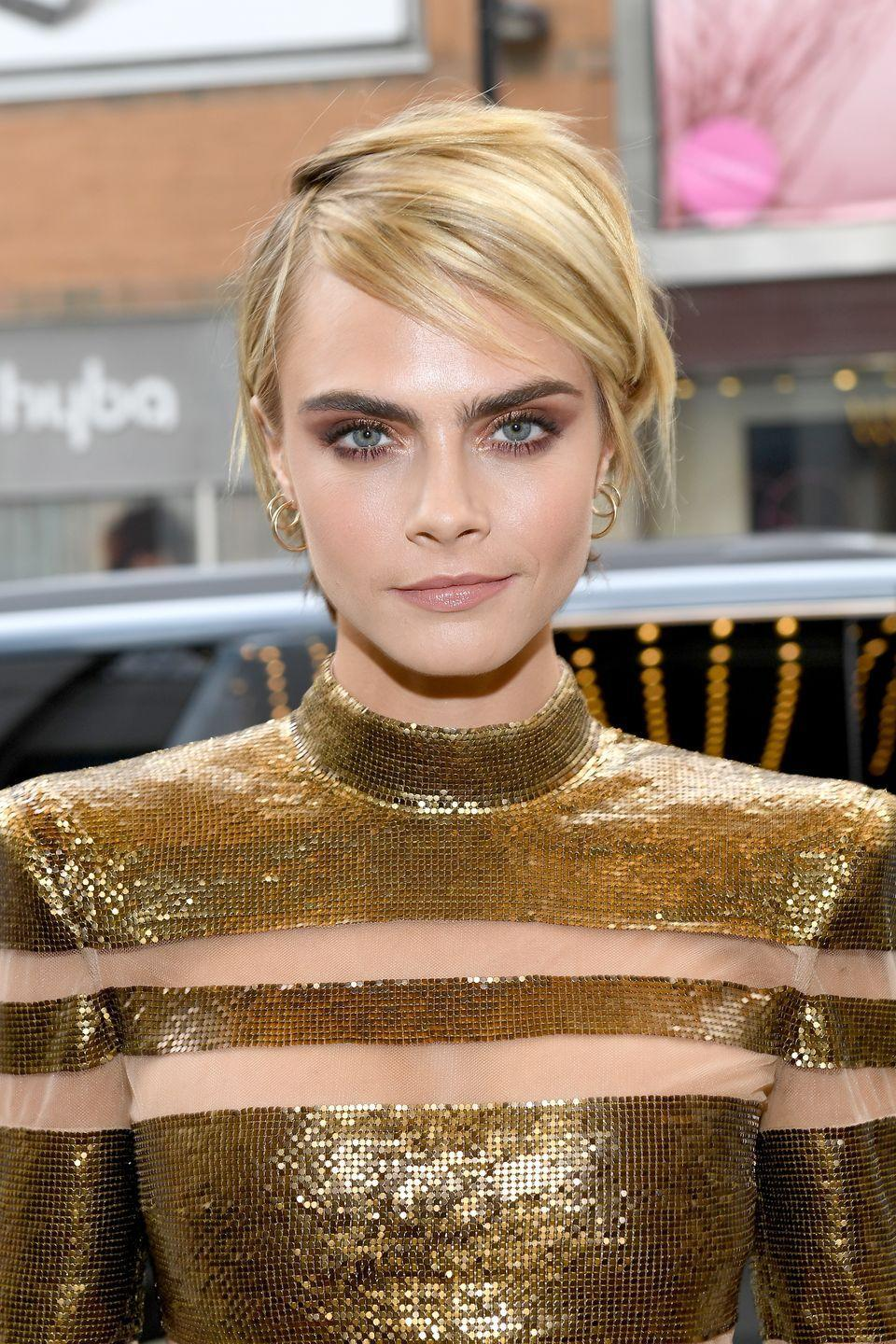 <p>Ever since Cara shaved her head for a movie role, she's been going crazy with her hair. She's basically rocked every hairstyle in existence, but this chic trim deserves a spot in the Haircut Hall of Fame. </p>
