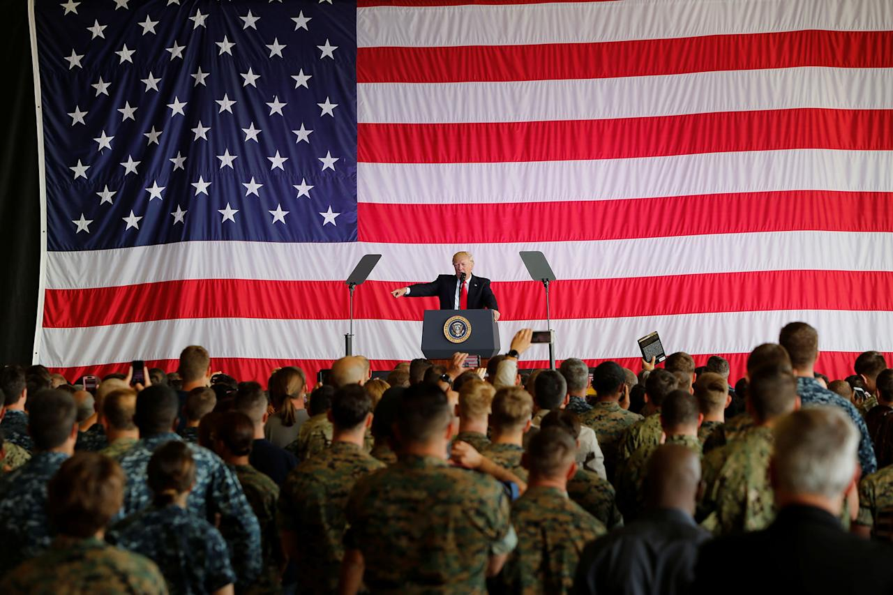 <p>U.S. President Donald Trump delivers remarks to U.S. military personnel at Naval Air Station Sigonella following the G7 Summit, in Sigonella, Sicily, Italy, May 27, 2017. (Photo: Darrin Zammit Lupi/Reuters) </p>