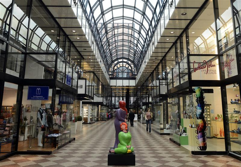 """The shopping mall """"Galerie Luise"""" is pictured in downtown Hanover"""