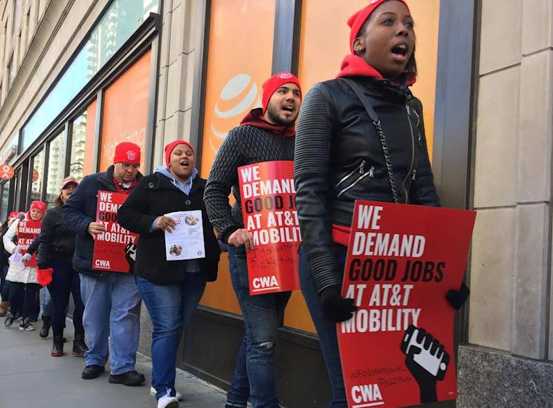Almost 40,000 AT&T Workers Are Ready to Walk Out