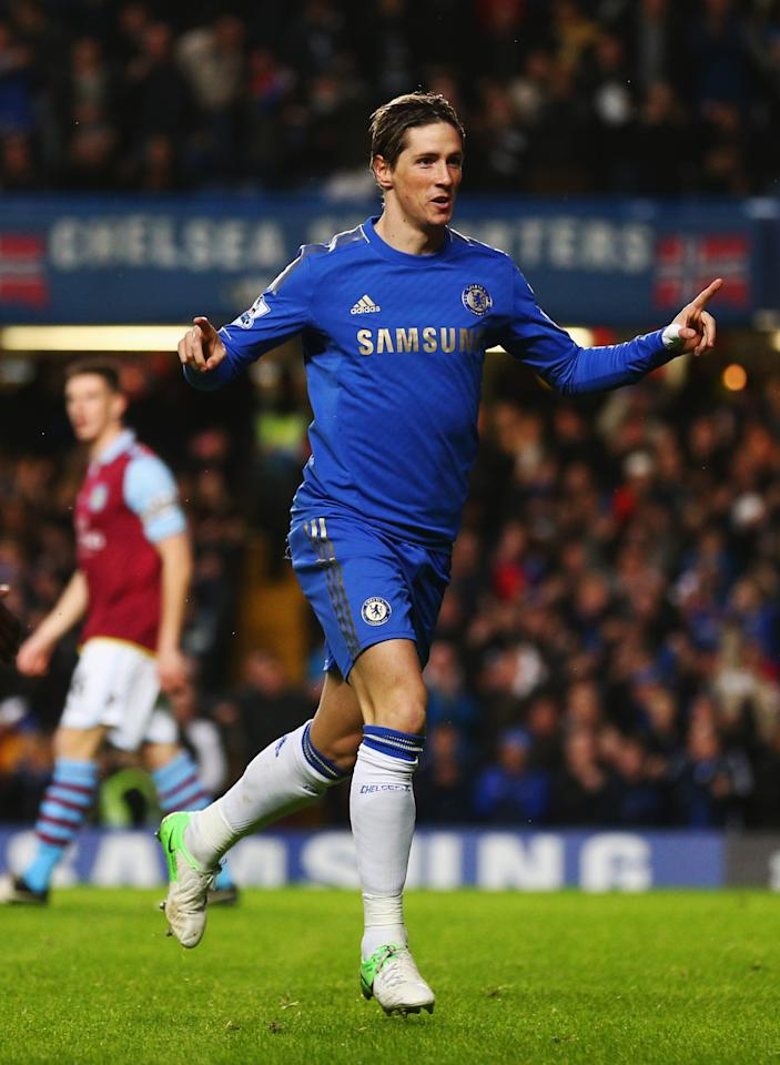 LONDON, ENGLAND - DECEMBER 23:  Fernando Torres of Chelsea celebrates as he scores their first goal during the Barclays Premier League match between Chelsea and Aston Villa at Stamford Bridge on December 23, 2012 in London, England.  (Photo by Clive Rose/Getty Images)