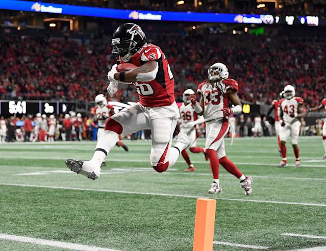 The 49ers have reached a two-year deal with former Falcons running back Tevin Coleman. (AP/Danny Karnik)