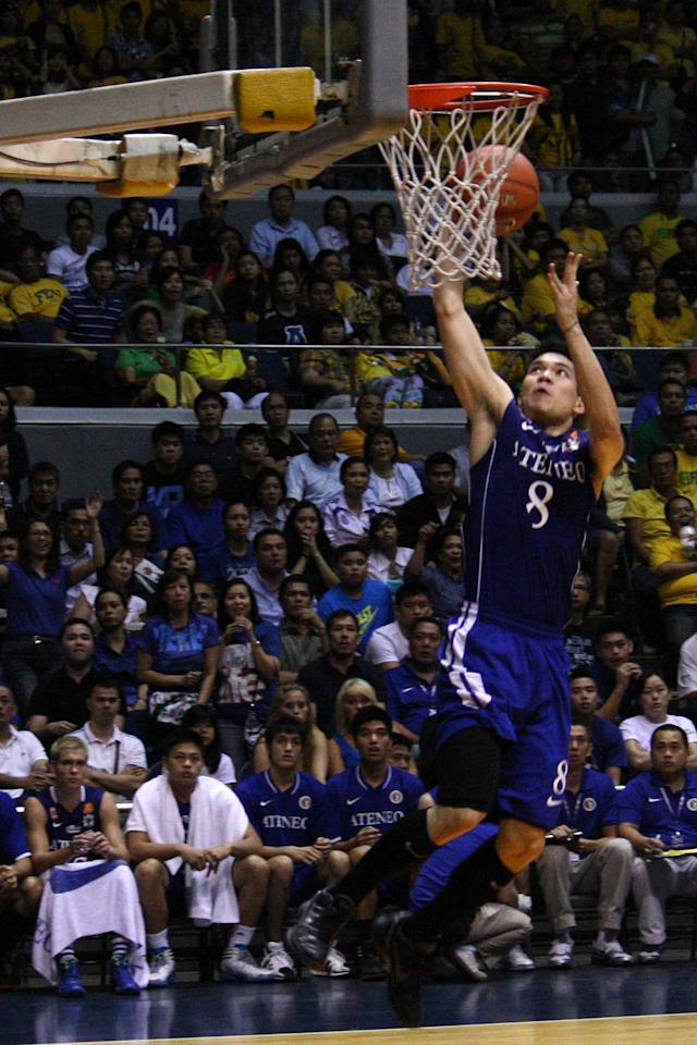 Nico Salva of Ateneo Blue Eagles shoot the ball during the UAAP Season 74 first game of the best-of-three championship series held at Smart Araneta Coliseum in Quezon City. (Marlo Cueto/NPPA Images)