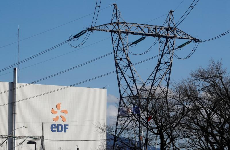 EDF to delay applying for UK nuclear plant building consent