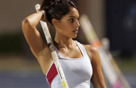 The article lists down the most beautiful and sexiest athletes in the world. They are Allison Stokke, Bia and Branca Feres, Saina Nehwal, Leryn Franco, Anna Rawson, Natalie Gulbis, Lindsey Vonn, Danica Patrick, Amanda Beard, Ana Ivanovic, Ashley, Brittany and Courtney Force, Amber and Angela Cope