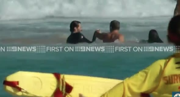 Hugh Jackman rescues son and from rip tide at Bondi Beach
