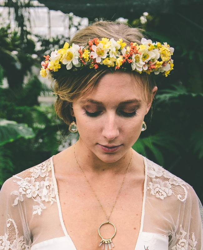 "<div class=""caption-credit"">Photo by: Arielle Vey</div><div class=""caption-title""></div><b>In a Lush Flower Crown</b> Floral crowns are completely customizable: You can choose big or small flowers in several colors, one hue or even just greenery. Try a lush wreath atop loose waves or a low, messy bun for a boho-chic vibe. <br> <b>More from The Knot:</b> <a rel=""nofollow"" href=""http://www.theknot.com/weddings/album/a-classic-summer-wedding-in-san-antonio-tx-142396?cm_mmc=TKInline-_-Yahooshine-_-11%20Ways%20to%20Wear%20Fresh%20Flowers%20In%20Your%20Wedding%20Day%20Hair-_-a%20classic%20summer%20wedding%20san%20antonio%20tc"" target="""">A Classic Summer Wedding In San Antonio, TX</a>"