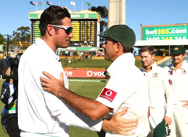 Ricky Ponting of Australia shakes hands with Graeme Smith of South Africa after South Africa defeated Australia on day four of the Third Test Match between Australia and South Africa at WACA on December 3, 2012 in Perth, Australia.  (Photo by Robert Cianflone/Getty Images)