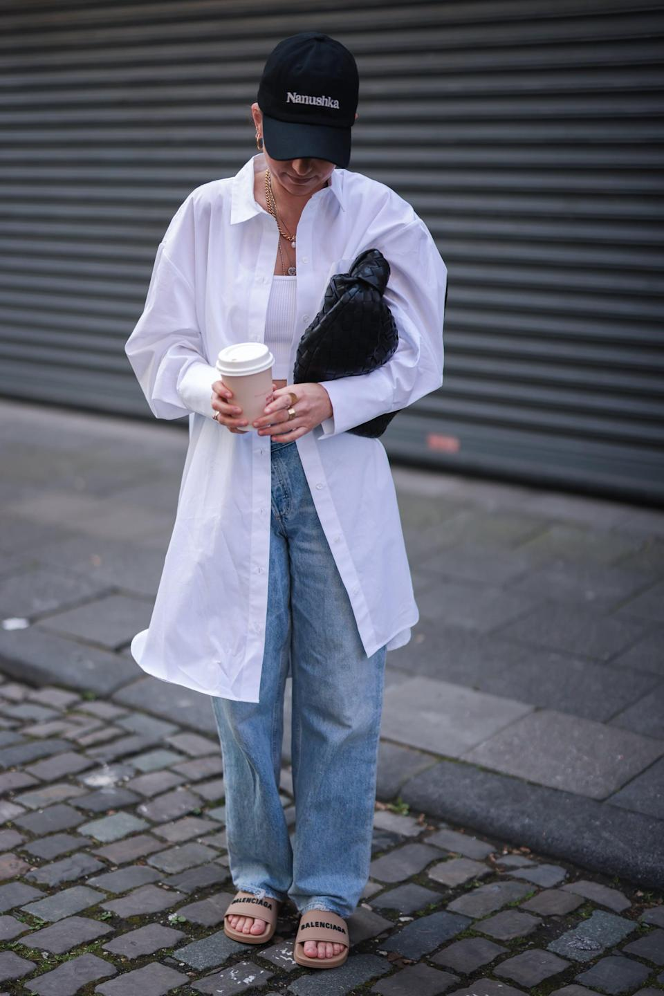 <p>Throw on a button-down and baseball cap for nostalgic, understated vibe. </p>