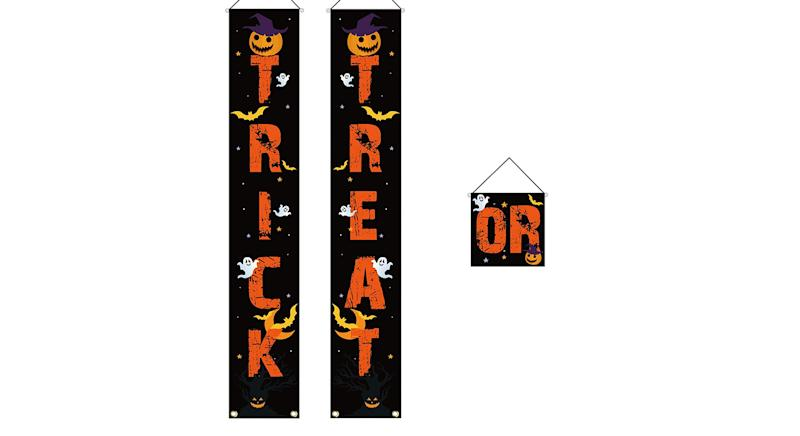 HusDow Hallowen Door Decorations Trick or Treat Banner