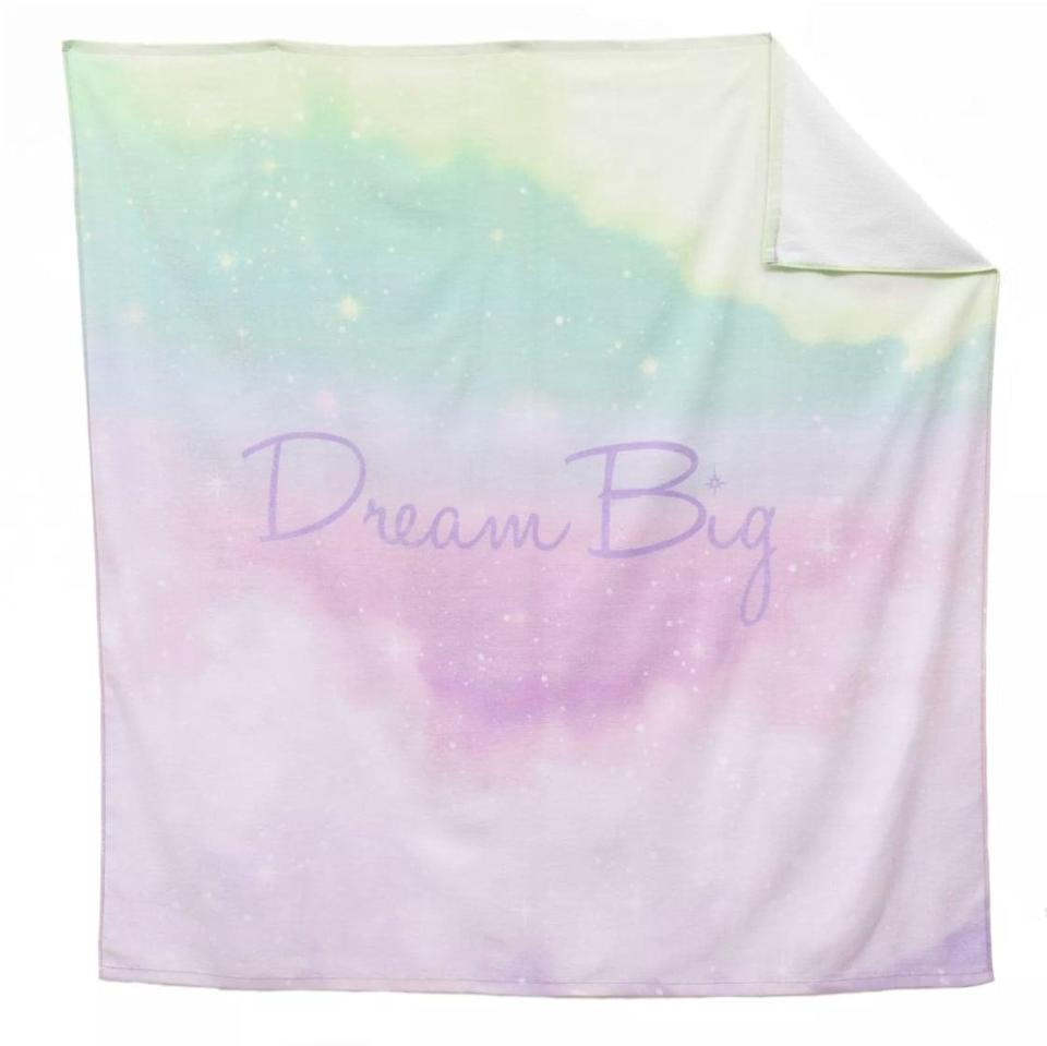 <p>Hit the pool or the beach with this <span>Disney Princess X POPSUGAR Tiana Beach Towel<br> </span> ($20) that has the coolest pastel celestial design.</p>