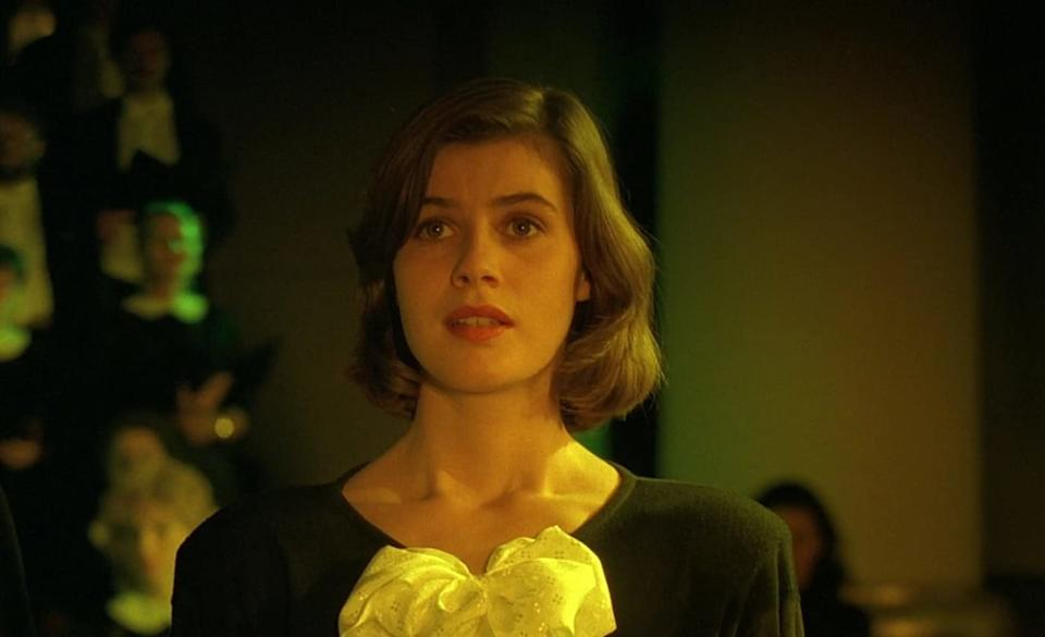 Screenshot of Irene Jacob from Double Life of Véronique