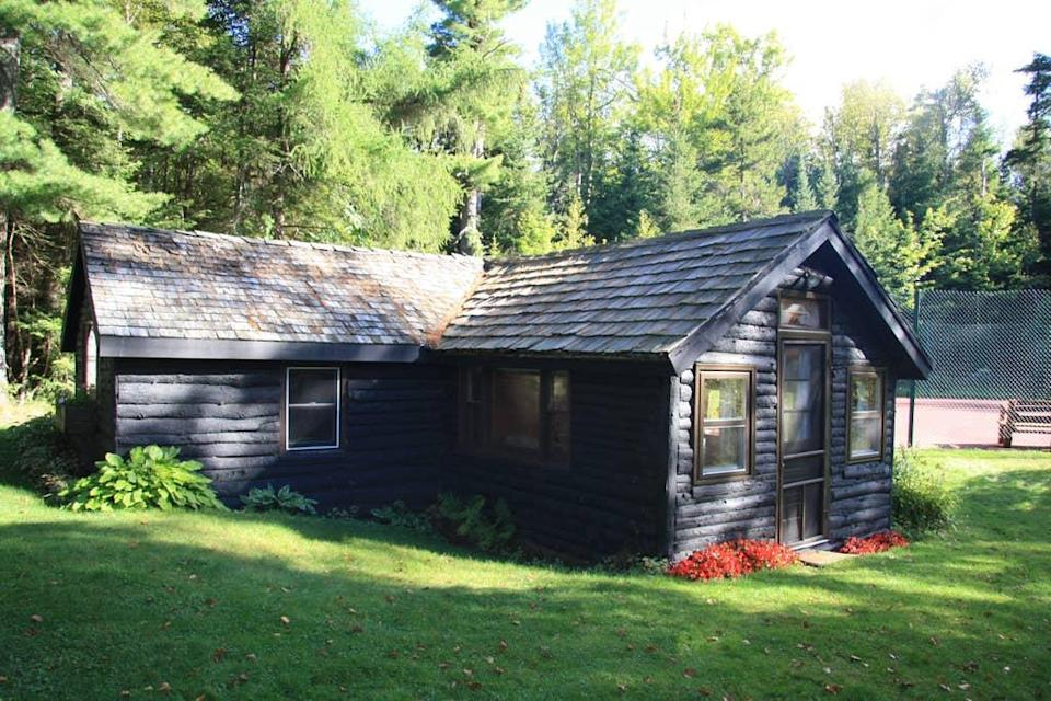 """<h2>Loon Lake, New York</h2><br><strong>Location:</strong> Loon Lake, New York<br><strong>Sleeps:</strong> 4<br><strong>Price Per Night:</strong> <a href=""""https://airbnb.pvxt.net/A14eJ"""" rel=""""nofollow noopener"""" target=""""_blank"""" data-ylk=""""slk:$250"""" class=""""link rapid-noclick-resp"""">$250</a><br><br><br>""""Cozy cabin, full bedroom with queen bed, and a living room with a comfortable pull-out couch. Full bathroom with shower and a kitchen. Private tennis court. Rackets and balls available for your use. Private sandy beach on a beautiful three-mile-long spring-fed lake in the heart of the Adirondack Mountains. Two kayaks, a canoe, and a paddleboard available for our guests. Two mountain bikes are also available. Hiking, fishing, wildlife viewing, wireless internet, pool, and ping pong tables avail. Hear the loons calling from the cabin and see the milky way and shooting stars at night. Pets allowed. 40-minute drive to Lake Placid.""""<br><br><h3>Book <a href=""""https://airbnb.pvxt.net/A14eJ"""" rel=""""nofollow noopener"""" target=""""_blank"""" data-ylk=""""slk:Cozy Cabin On Scenic Loon Lake"""" class=""""link rapid-noclick-resp"""">Cozy Cabin On Scenic Loon Lake</a></h3><br>"""