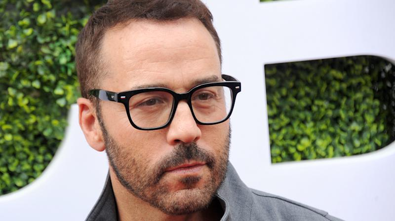 Another Woman Accuses Jeremy Piven Of Groping Her On 'Entourage' Set
