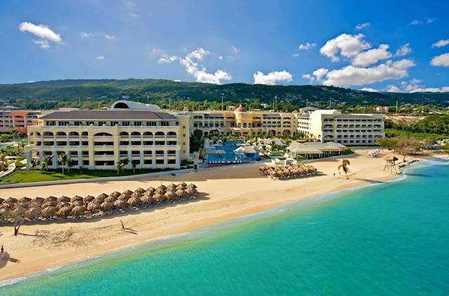 <p>When it comes to travelling to sunnier locales this holiday season, Montego Bay garnered the most interest from Canadians with a 53 per cent increase in interest thanks to its variety of getaways, from cruises to resorts.<br><strong>Tip:</strong> Because Jamaica is a constant popular vacation go-to, book your flights two weeks in advance of departure so you get the cheapest flights. Prices are the lowest, however, in Januaray and November. </p>
