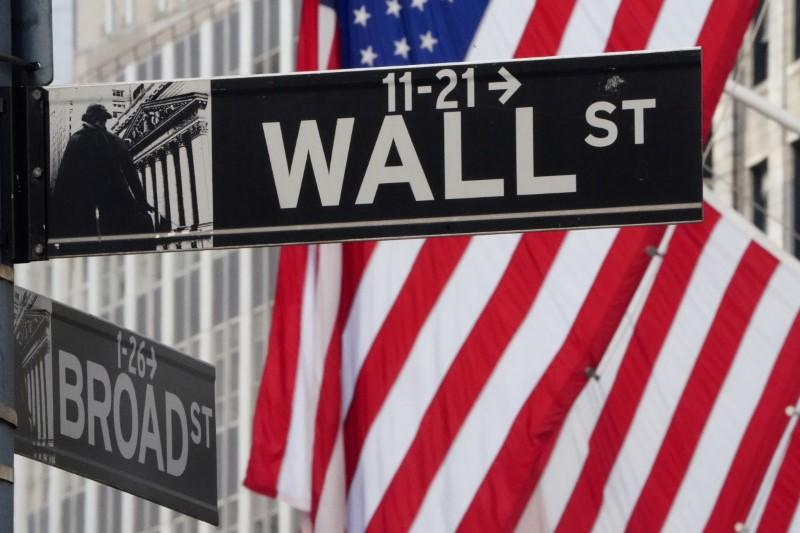U.S. companies issue shares at fastest rate ever, selling the rally