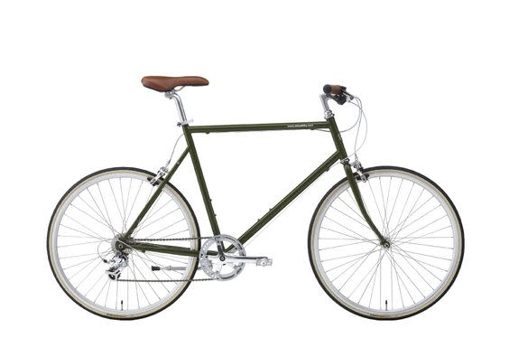 "<p>Dad will geek out over the sleek, sporty look of the Tokyo city bike.</p><p>$825; <a rel=""nofollow"" href=""http://www.tokyobikenyc.com/classic-sport-cs/"">Tokyo Bike</a></p>"